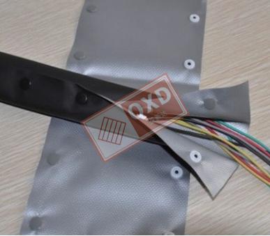 钮扣式电缆结束带